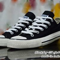Obral! Sepatu Kuliah Pria Sepatu Kets Sepatu Sekolah Converse