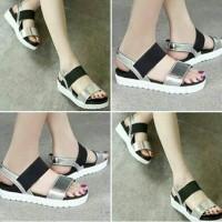 Sepatu Flatform Wanita