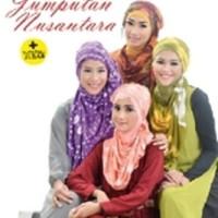 35 Gaya Hijab dengan Jumputan Kain Nusantara (Soft Cover)