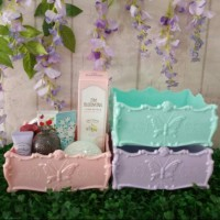 Kotak make up Anna Sui Look Alike S - PASTEL EDITION