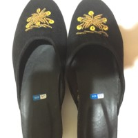 harga slop sandal bludru payet anak perempuan Tokopedia.com