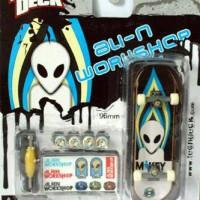 Tech deck fingerboard alien workshop seri 4