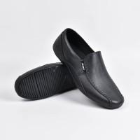 Sepatu Pantofel Karet ATT AB 353