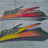 Striping Sticker Motor Honda Win 2004