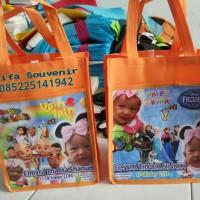 Tas souvenir ulang tahun / ultah anak kantung pake foto