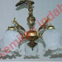 harga LAMPU GANTUNG ANTIK TERAS PLAFON HIAS CAB5 WHITE BOHLAM E27 BENTUK B Tokopedia.com