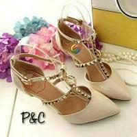 High Heels Heel Hells Sepatu Pesta Valentino Cream