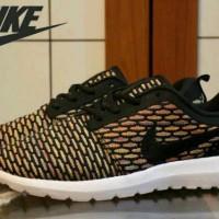 Nike Rosherun Flyknit Premium