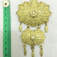 harga Bros kebaya/hijab metal 2 tingkat juntai gold swarovski/permata putih Tokopedia.com