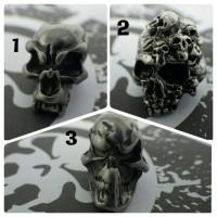 metal skull beads 4 mm vertical inner