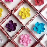 Souvenir Bros Bunga Cantik Box Mika
