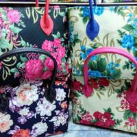 Tas Wanita Handbags Cantik Motif Bunga Bahan Sofa & Vinyl [Kecil]