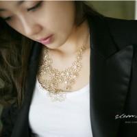 kalung bunga pendek / beautiful flowers short necklace JKA012
