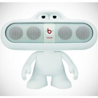 Beats Pill 2.0 white (include dude stand)
