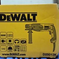 Mesin Bor Beton Dan Bobok / Rotary Hammer 3 Mode 22mm Dewalt D25013K