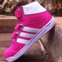 Sepatu Adidas Anak Perempuan / Sepatu Boots Anak Perempuan