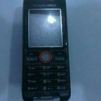 Casing Sony Ericsson W200i Black Depan Belakang + keypad