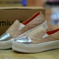 Sepatu Miumiu Women , Sepatu Gaya , Sepatu Casual Wanita