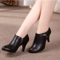 Jual sandal sepatu wanita boots heels keren elegan hitam Murah
