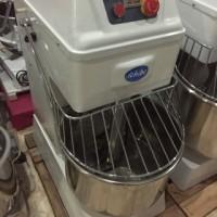 mesin pengaduk roti / spiral mixer