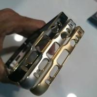 Bumper Aluminium Samsung A3 2016 List Gold