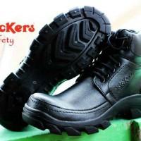 sepatu boots kickers safety touring lapangan proyek kerja hitam pria