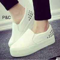shoes second 50.000 1x pakai