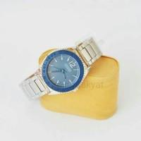 Jam fashion wanita