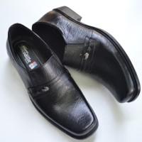 Sepatu Pantofel Kerja Kulit Pria Kantor Crocodile Hitam Branded A2