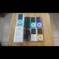 Mp4 Player Plus Headset dan Kabel Data