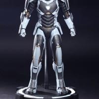 Hot Toys Iron Man Mark XXXIX 39 Starboost