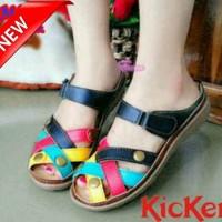 Sepatu Sandal Kickers B221 Replika / Sandal Wanita / Sepatu Wanita