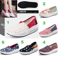 Sepatu Slip On Wanita Sneakers Kets Kanvas Polka Bendera Salur Import
