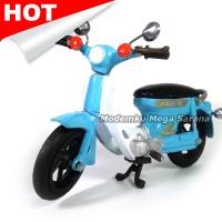 Miniatur Motor Honda Pitung 70 Klasik - Biru
