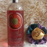 STRAWBERRY BODY MIST BODY SHOP ORI REJECT