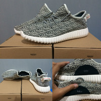 f99c0c8be ... switzerland harga sepatu adidas yeezy boost moonrock 360 grey original  premium quality tokopedia 22c98 a83b2