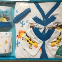 Kado newborn / set pakaian bayi / gifr box / gift set / kado untuk bay