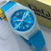 Jual Jam tangan wanita / anak-anak Q&Q VQ-50 biru muda transparan QQ VQ50J Murah