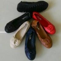 Sepatu flat shoes clarks radial women wanita prwmium