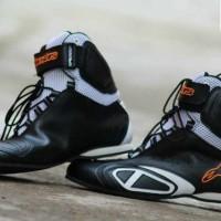 Sepatu alpinestar balap hitam putih pria drag race