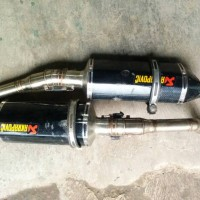 Knalpot Dual Slip-on GW250 Inazuma Model Akrapovic