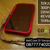 Trigger Metal Bumper Case Untuk iPhone 4/4s dan 5/5s
