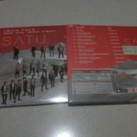 harga CD IWAN FALS - SATU SEALED BARU GEISHA NOAH NIDJI DMASIV Tokopedia.com