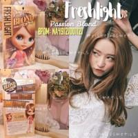 Freshlight Passion Blond / Etude Bubble Hair Color