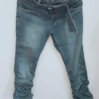 Preloved Logo Jeans Kerut Original