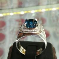 Cincin Berlian Blue Topaz
