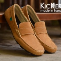 harga sepatu casual santai pria kickers slop Tokopedia.com