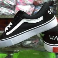 harga Sepatu Sneakers Vans Golf Wang Hitam Putih Premium Tokopedia.com