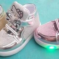 Sepatu lampu nyala HELLO KITTY anak bayi baby LIGHT SHOES BOOT BOT LED