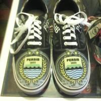 harga Sepatu Persib Original